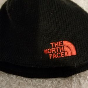 Childs black North Face Hat
